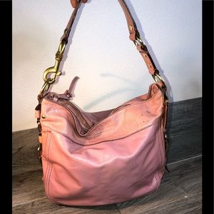 COACH PINK PATENT LEATHER HOBO BAG